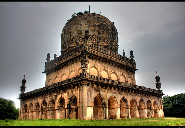 Qutub Shahi Tombs-HyderabadQutub Shahi Tombs-Hyderabad