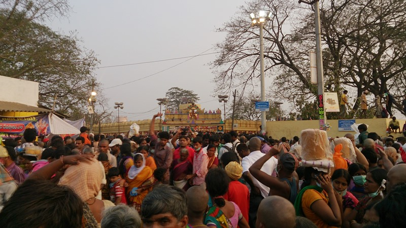 View of Devotees at the exit of Sammakka Saralamma Temple in Medaram