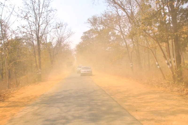 Brown Fog of Dust - On the way to Medaram Jatara