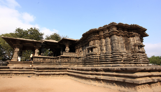 Thousand Pillar temple-warangal tourism