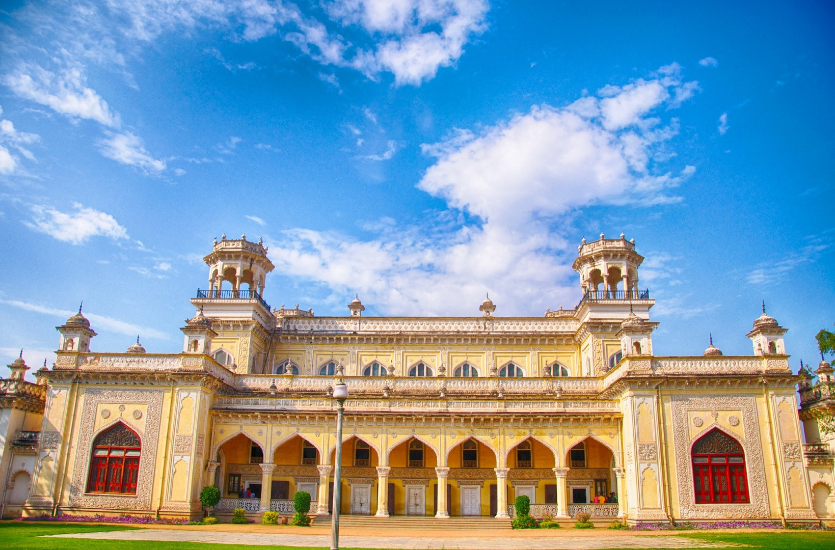Chowmahalla Palace_Places to Visit in Hyderabad