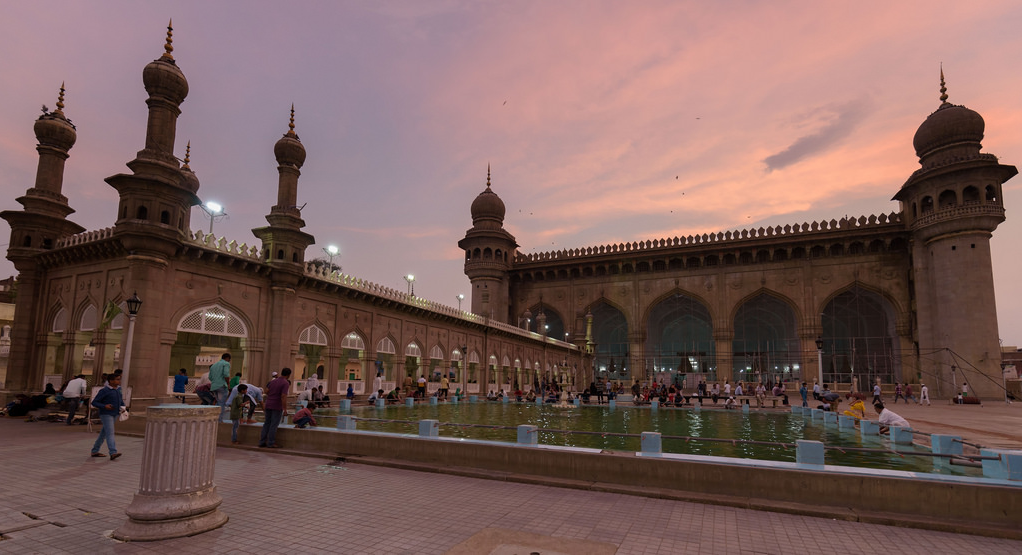 Mecca Masjid_Places to Visit in Hyderabad