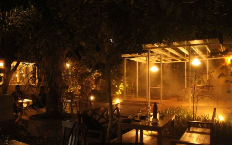 Autumn Leaf Cafe_romatic breakfast restaurants in Hyderabad