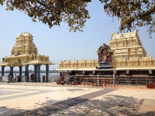 Bhadrakali Temple Warangal Entrance