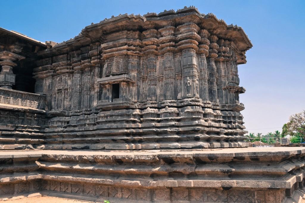 Side View of Thousand Pillar Temple Waranga