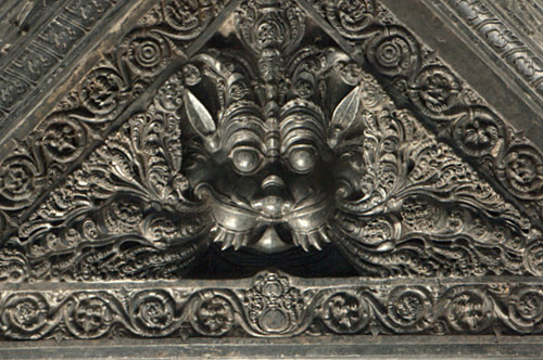 Carvings on the roof at Thousand Pillar Temple
