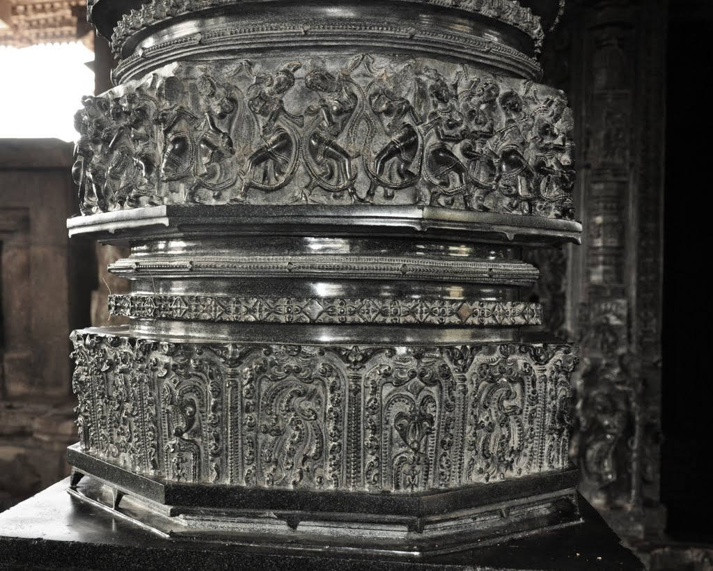 Fine Art on Pillars at Ramappa Temple Warangal