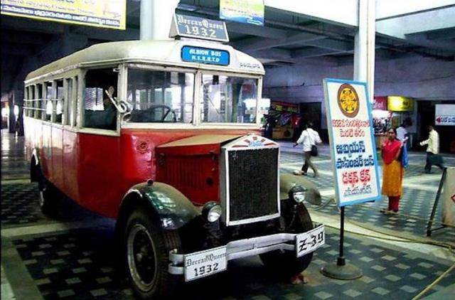 Deccan Queen bus of Hyderabad State Bus - 1932 Model