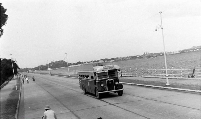 Hyderabad State - NSR Bus - 1932 on Tank Bund