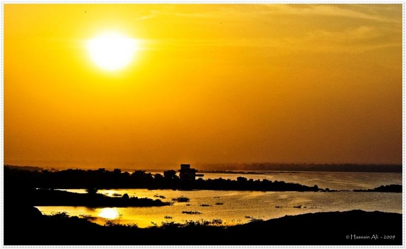 Himayat-Sagar-Lake-near-Hyderabad