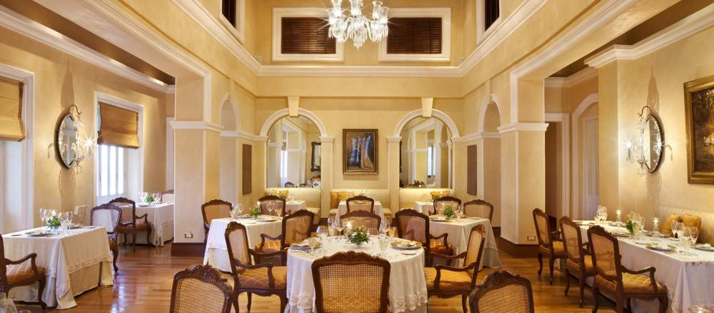 Adaa Taj Falaknuma Palace_Best Candle Light Dinner Restaurants in Hyderabad